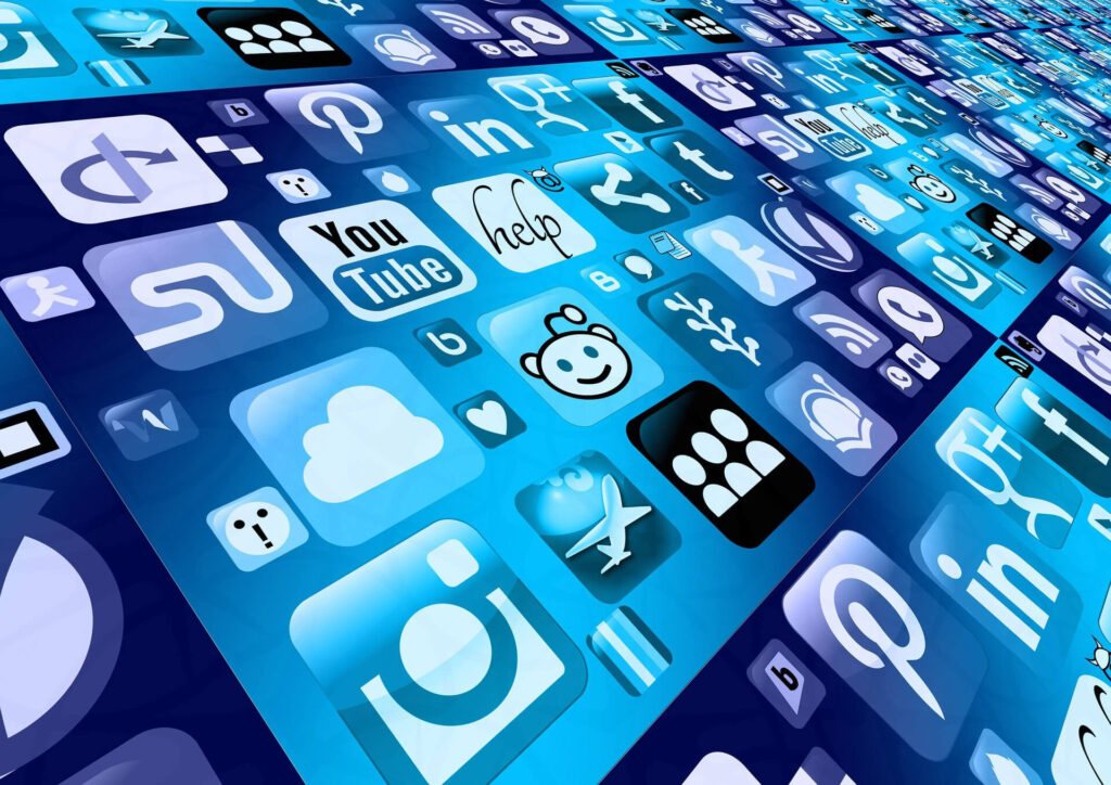 Social Media can & Public Opinion